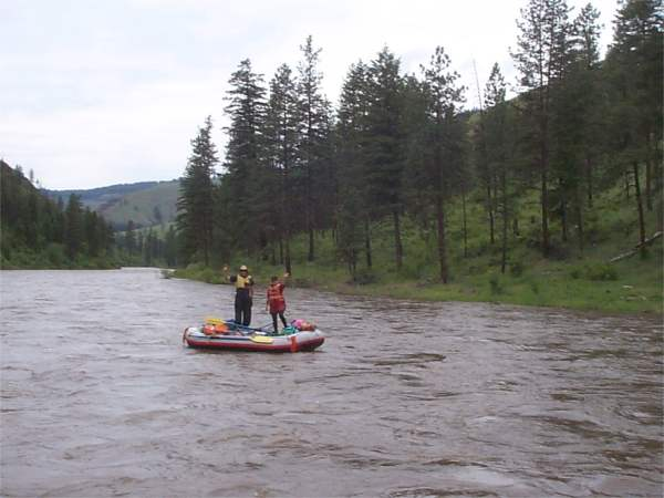 On the grande ronde river or 28 30 may 2002